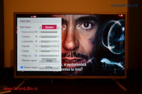 lg-tv-32lf561v-player