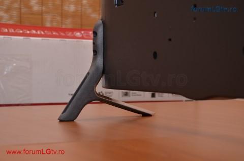 lg-tv-32lf561v-suport