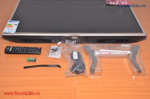 lg-tv-32lf561v-unpack