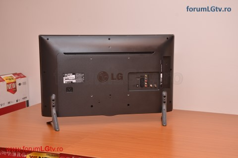 lg-tv-32lf561v-view